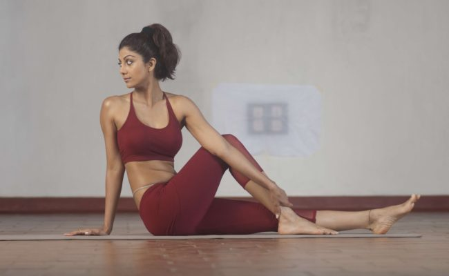 Shilpa Shetty's recent workout video with hubby is a must watch